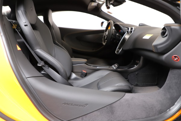 New 2019 McLaren 600LT Coupe for sale Call for price at Bugatti of Greenwich in Greenwich CT 06830 18