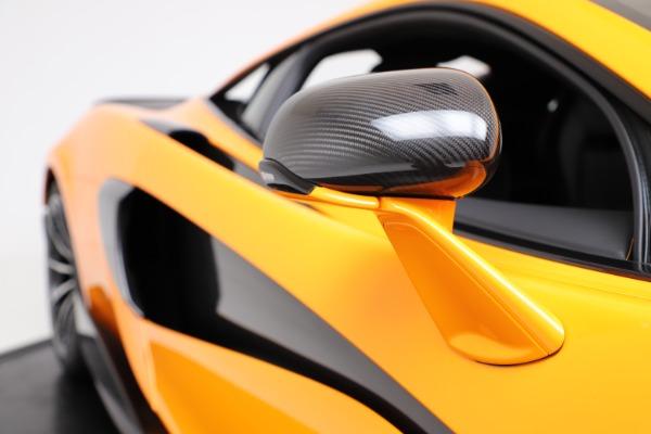 New 2019 McLaren 600LT for sale $279,310 at Bugatti of Greenwich in Greenwich CT 06830 22