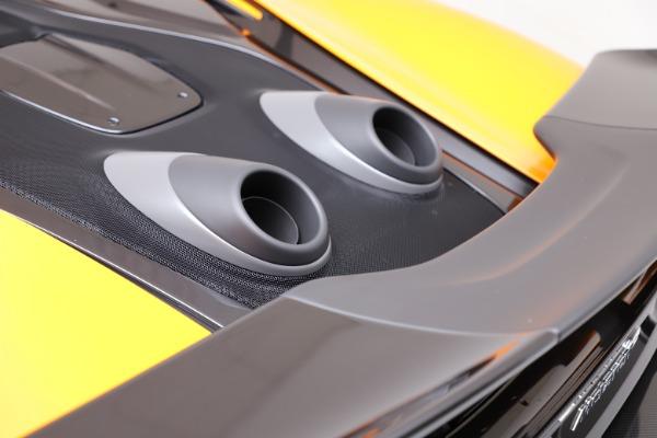 New 2019 McLaren 600LT for sale $279,310 at Bugatti of Greenwich in Greenwich CT 06830 23