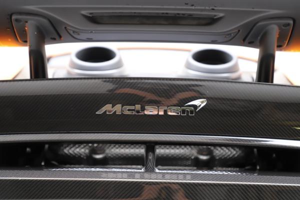New 2019 McLaren 600LT for sale $279,310 at Bugatti of Greenwich in Greenwich CT 06830 24