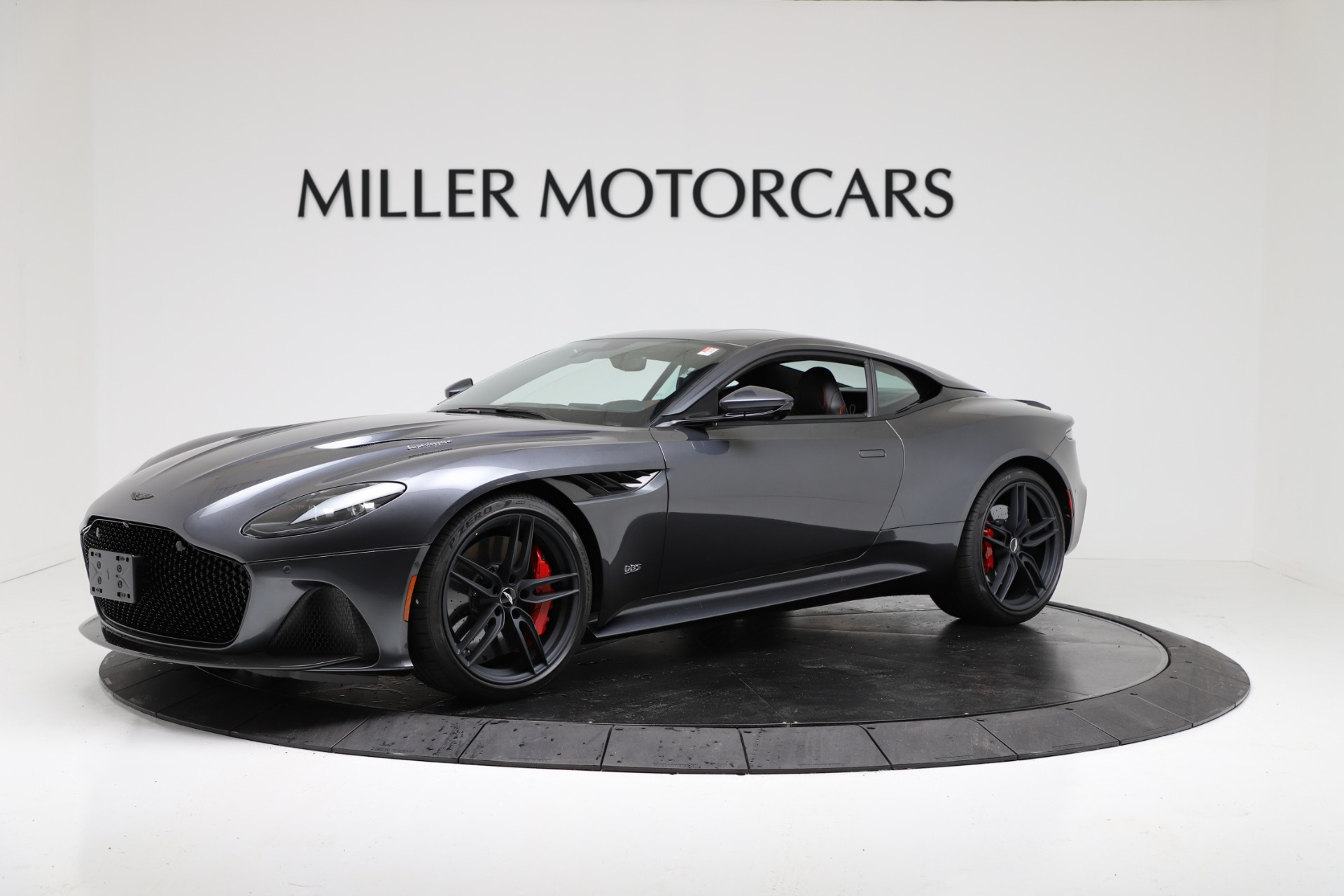 New 2019 Aston Martin DBS Superleggera Coupe for sale $354,221 at Bugatti of Greenwich in Greenwich CT 06830 1