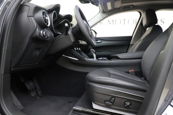 New 2019 Alfa Romeo Stelvio Ti Q4 for sale Sold at Bugatti of Greenwich in Greenwich CT 06830 14