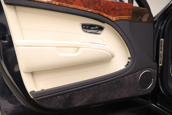 Used 2016 Bentley Mulsanne for sale $146,900 at Bugatti of Greenwich in Greenwich CT 06830 16