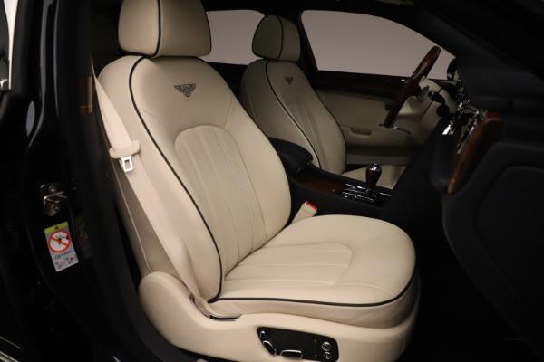 Used 2016 Bentley Mulsanne for sale $146,900 at Bugatti of Greenwich in Greenwich CT 06830 27