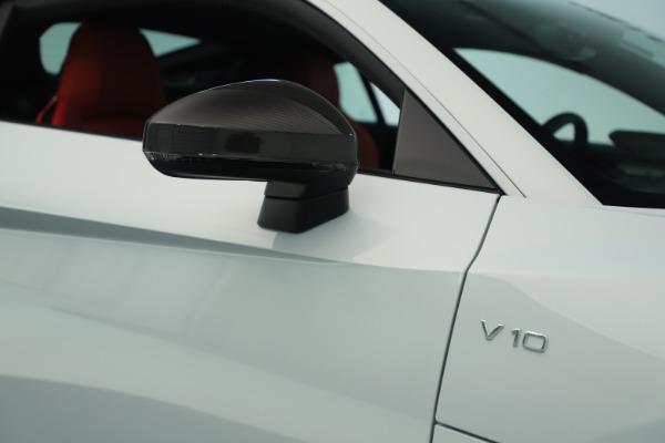 Used 2018 Audi R8 5.2 quattro V10 Plus for sale Sold at Bugatti of Greenwich in Greenwich CT 06830 24
