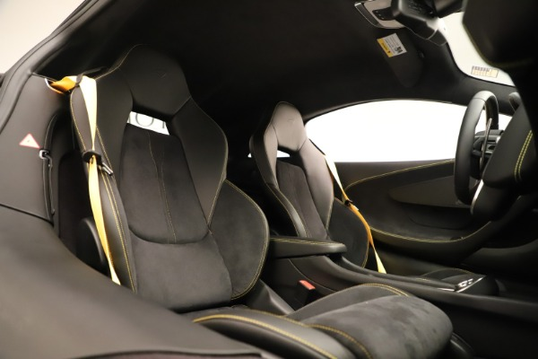 Used 2017 McLaren 570S Coupe for sale Sold at Bugatti of Greenwich in Greenwich CT 06830 18