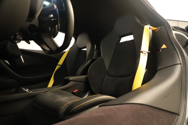 Used 2017 McLaren 570S Coupe for sale Sold at Bugatti of Greenwich in Greenwich CT 06830 20