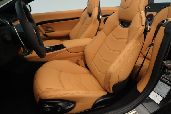 New 2019 Maserati GranTurismo Sport Convertible for sale $163,845 at Bugatti of Greenwich in Greenwich CT 06830 21
