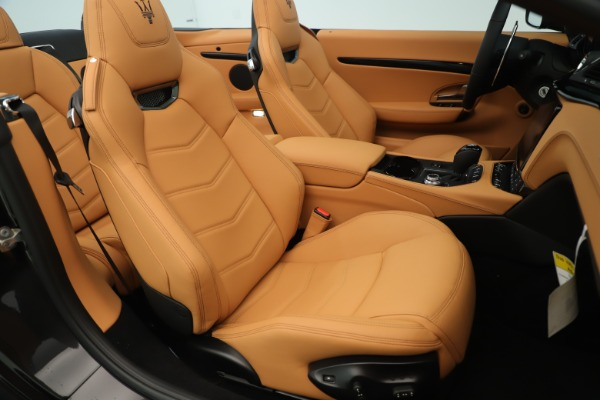 New 2019 Maserati GranTurismo Sport Convertible for sale $163,845 at Bugatti of Greenwich in Greenwich CT 06830 28