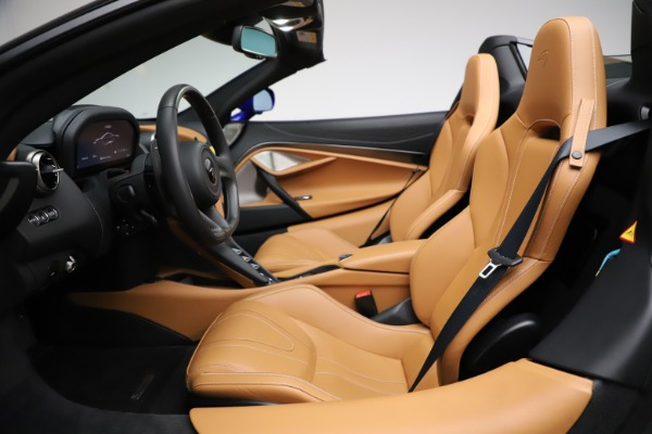 New 2020 McLaren 720S SPIDER Convertible for sale $374,830 at Bugatti of Greenwich in Greenwich CT 06830 23