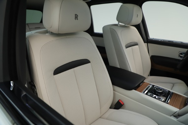 New 2019 Rolls-Royce Cullinan for sale Sold at Bugatti of Greenwich in Greenwich CT 06830 11