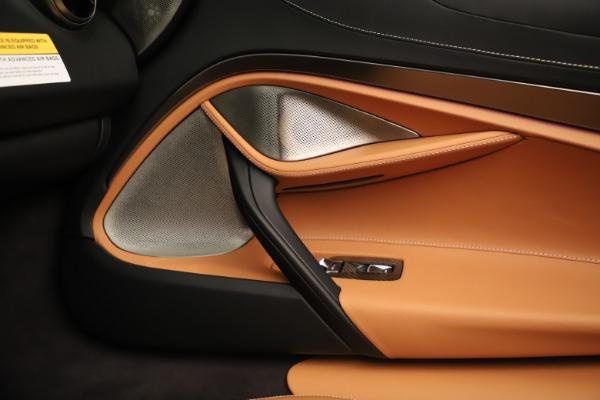New 2020 McLaren 720S Spider for sale $372,250 at Bugatti of Greenwich in Greenwich CT 06830 12