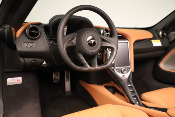 New 2020 McLaren 720S Spider Convertible for sale $372,250 at Bugatti of Greenwich in Greenwich CT 06830 8