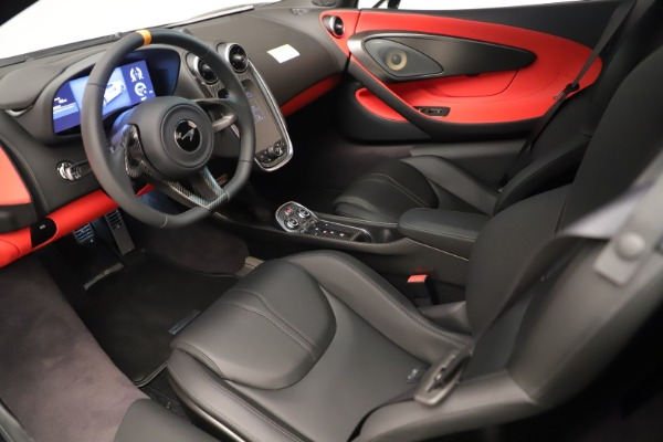 New 2019 McLaren 600LT Coupe for sale $278,790 at Bugatti of Greenwich in Greenwich CT 06830 20