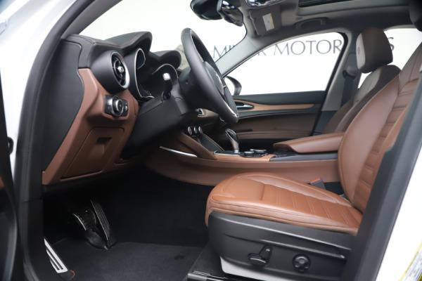 New 2019 Alfa Romeo Stelvio Ti Lusso Q4 for sale Sold at Bugatti of Greenwich in Greenwich CT 06830 14