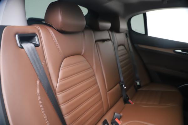 New 2019 Alfa Romeo Stelvio Ti Lusso Q4 for sale Sold at Bugatti of Greenwich in Greenwich CT 06830 25