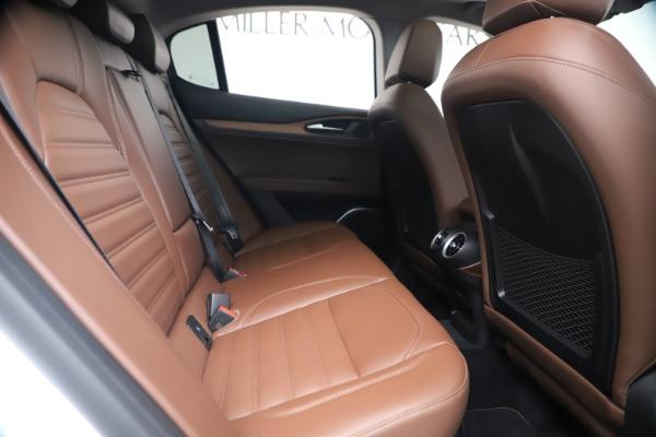 New 2019 Alfa Romeo Stelvio Ti Lusso Q4 for sale Sold at Bugatti of Greenwich in Greenwich CT 06830 26