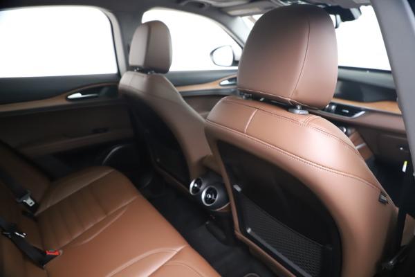 New 2019 Alfa Romeo Stelvio Ti Lusso Q4 for sale Sold at Bugatti of Greenwich in Greenwich CT 06830 27