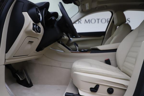 New 2019 Alfa Romeo Stelvio Ti Lusso Q4 for sale $54,790 at Bugatti of Greenwich in Greenwich CT 06830 15