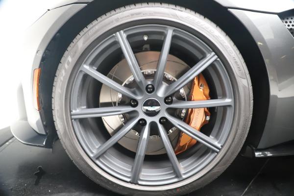 New 2020 Aston Martin Vantage Coupe for sale $193,154 at Bugatti of Greenwich in Greenwich CT 06830 21