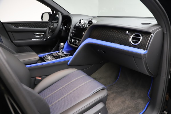 Used 2020 Bentley Bentayga V8 Design Series for sale $199,900 at Bugatti of Greenwich in Greenwich CT 06830 25