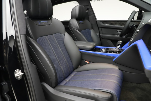 Used 2020 Bentley Bentayga V8 Design Series for sale $199,900 at Bugatti of Greenwich in Greenwich CT 06830 27