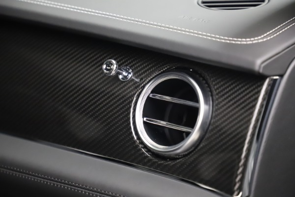 New 2020 Bentley Bentayga V8 for sale Sold at Bugatti of Greenwich in Greenwich CT 06830 28