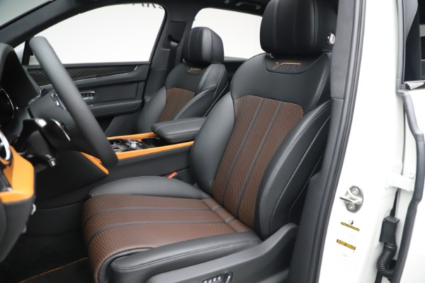 New 2020 Bentley Bentayga V8 Design Series for sale $216,860 at Bugatti of Greenwich in Greenwich CT 06830 19