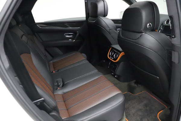 New 2020 Bentley Bentayga V8 Design Series for sale $216,860 at Bugatti of Greenwich in Greenwich CT 06830 25