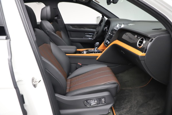 New 2020 Bentley Bentayga V8 Design Series for sale $216,860 at Bugatti of Greenwich in Greenwich CT 06830 28