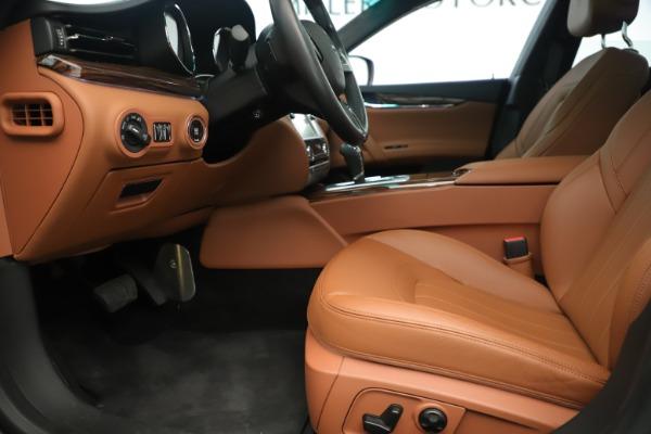 Used 2014 Maserati Quattroporte S Q4 for sale Sold at Bugatti of Greenwich in Greenwich CT 06830 14