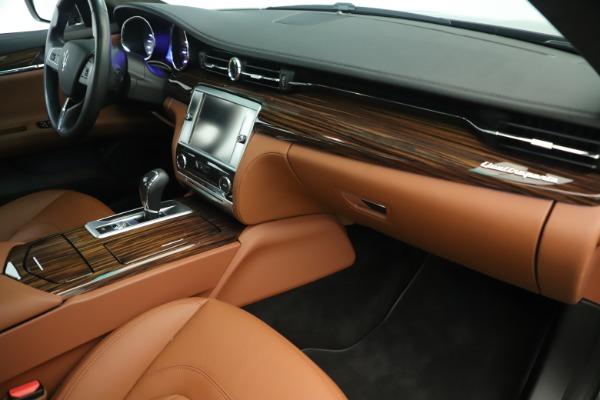 Used 2014 Maserati Quattroporte S Q4 for sale Sold at Bugatti of Greenwich in Greenwich CT 06830 19