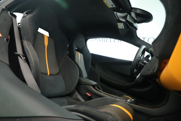 Used 2016 McLaren 570S Coupe for sale Sold at Bugatti of Greenwich in Greenwich CT 06830 18