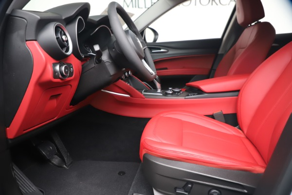 New 2019 Alfa Romeo Stelvio Ti Q4 for sale Sold at Bugatti of Greenwich in Greenwich CT 06830 14