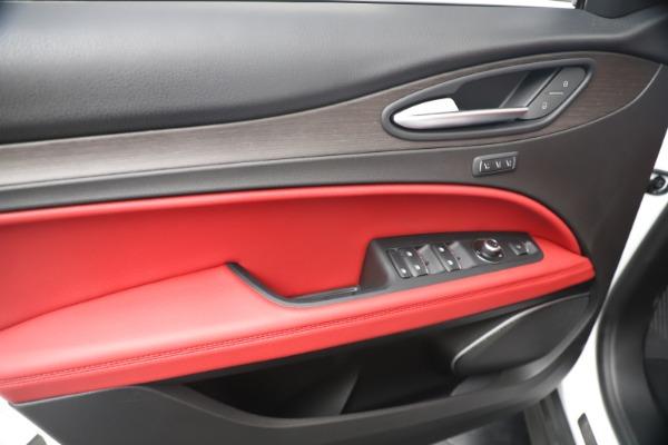 New 2019 Alfa Romeo Stelvio Ti Q4 for sale Sold at Bugatti of Greenwich in Greenwich CT 06830 17