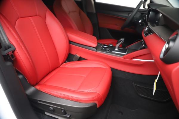 New 2019 Alfa Romeo Stelvio Ti Q4 for sale Sold at Bugatti of Greenwich in Greenwich CT 06830 24