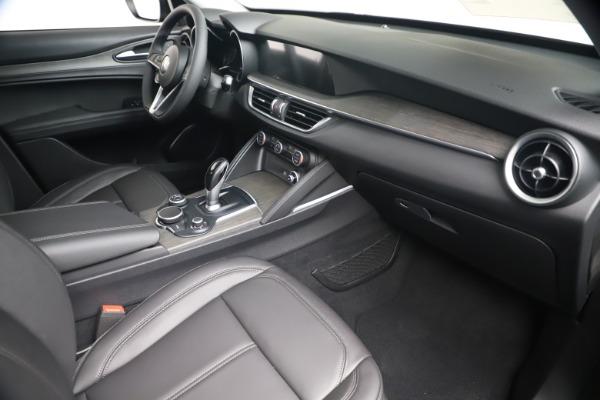 New 2019 Alfa Romeo Stelvio Ti Q4 for sale Sold at Bugatti of Greenwich in Greenwich CT 06830 22