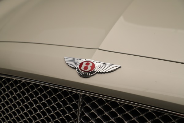 Used 2015 Bentley Flying Spur V8 for sale Sold at Bugatti of Greenwich in Greenwich CT 06830 13