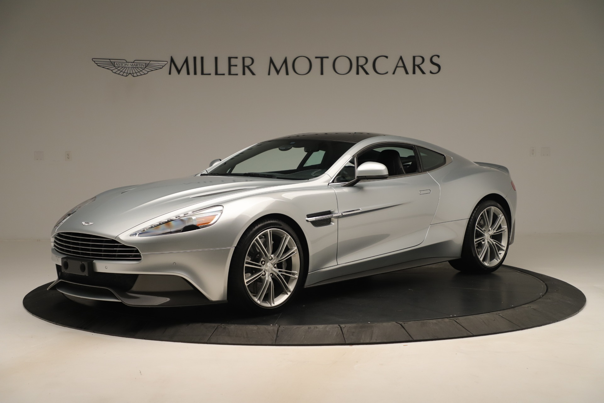 Used 2014 Aston Martin Vanquish Coupe for sale $116,900 at Bugatti of Greenwich in Greenwich CT 06830 1