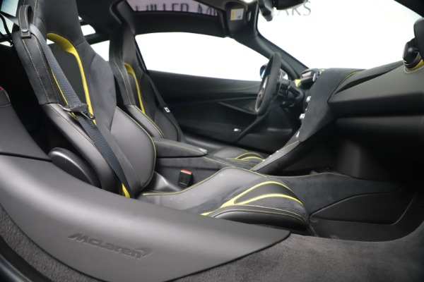 New 2019 McLaren 720S Coupe for sale Sold at Bugatti of Greenwich in Greenwich CT 06830 22