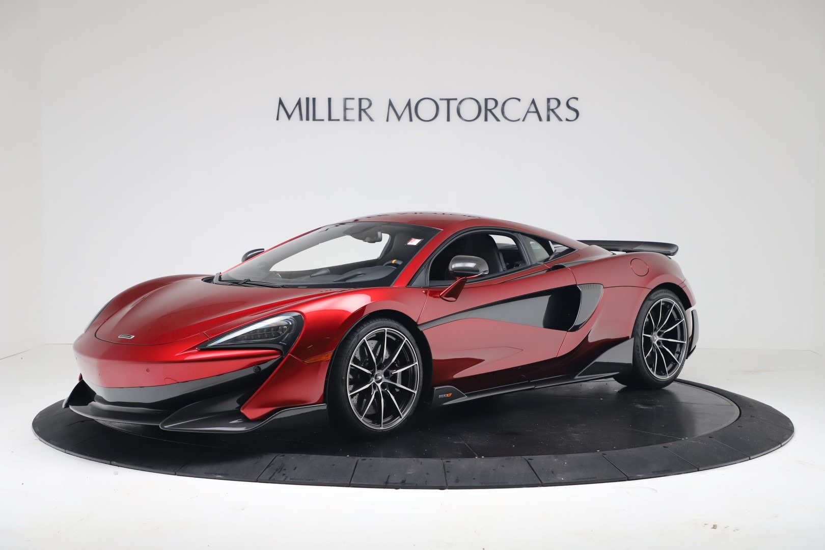 New 2019 McLaren 600LT for sale $285,236 at Bugatti of Greenwich in Greenwich CT 06830 1