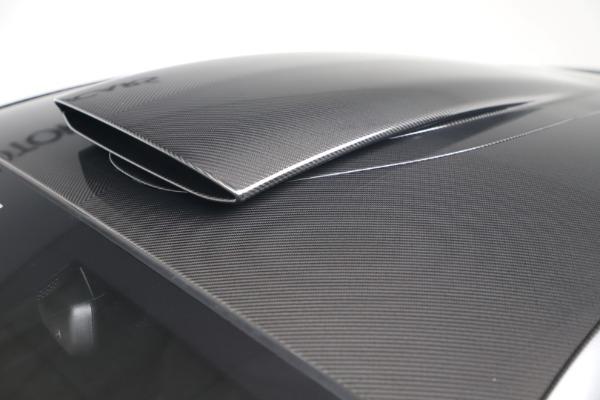 New 2019 McLaren 600LT for sale $305,639 at Bugatti of Greenwich in Greenwich CT 06830 16