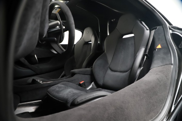 New 2019 McLaren 600LT for sale $305,639 at Bugatti of Greenwich in Greenwich CT 06830 20
