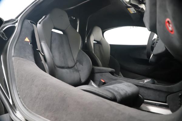 New 2019 McLaren 600LT for sale $305,639 at Bugatti of Greenwich in Greenwich CT 06830 26