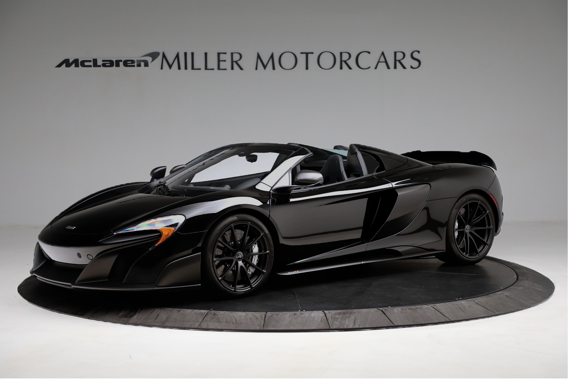Used 2016 McLaren 675LT Convertible for sale Sold at Bugatti of Greenwich in Greenwich CT 06830 1