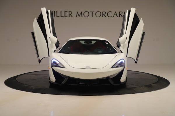 New 2020 McLaren 570S Coupe for sale $215,600 at Bugatti of Greenwich in Greenwich CT 06830 12