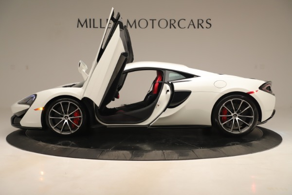 New 2020 McLaren 570S Coupe for sale $215,600 at Bugatti of Greenwich in Greenwich CT 06830 14