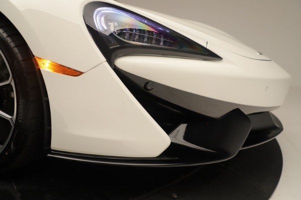 New 2020 McLaren 570S Coupe for sale $215,600 at Bugatti of Greenwich in Greenwich CT 06830 22
