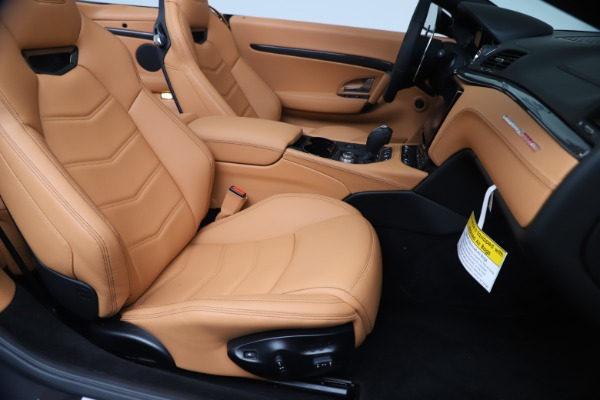 New 2019 Maserati GranTurismo MC Convertible for sale $178,745 at Bugatti of Greenwich in Greenwich CT 06830 28