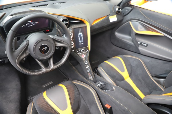 New 2020 McLaren 720S Spider Convertible for sale $374,440 at Bugatti of Greenwich in Greenwich CT 06830 23